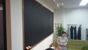 リスプラ オフィス 黒板